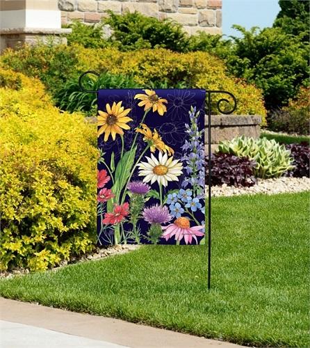 Wildflower-Mix-Garden-Flag-Image